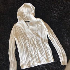 Daisy Fuentes Sweaters - Daisy Fuentes Petites Hooded Sweater NEW! 🥂🍷
